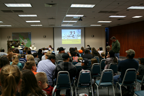 Brooke Curley Photo/ Gila Valley Central: Attendance was at an all time high, according to many long-term SEAZSC members. There was standing room only at the back of the room for the presentation.