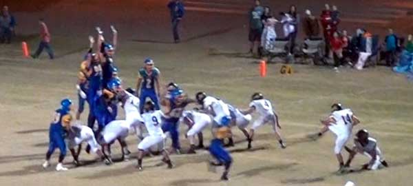 Jon Johnson Photo/Gila Valley Central: This field goal ended up being the difference in the game.