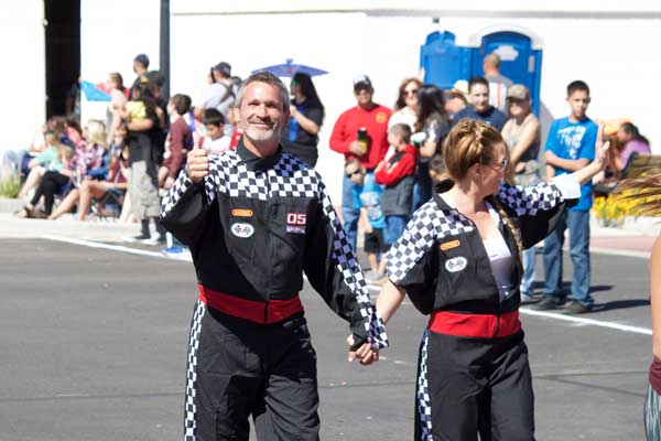 Jon Johnson Photo/Gila Valley Central: Jason Kouts, shown here with his wife, Maria, at the Graham County Fair Parade, is Safford's newly elected mayor.