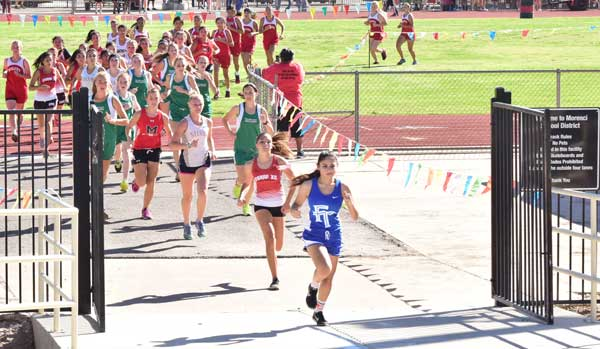 Raymundo Frasquillo Photo: Cobre senior Skylar Jones, second from right, was second out of the gate at the start behind Dayana Guardado of Fort Thomas but finished first in a time of 22:15.