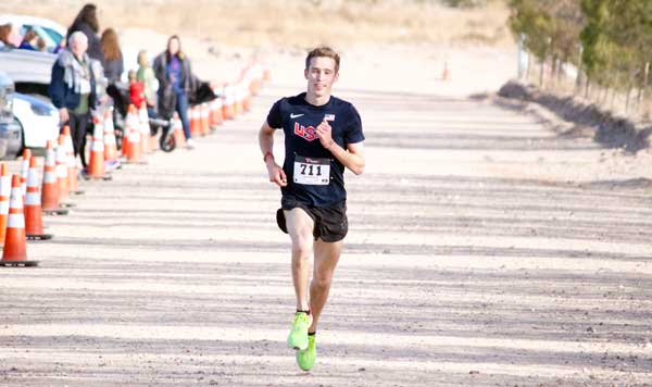 Jon Johnson Photo/Gila Valley Central: Bailey Roth cruises to victory in record-shattering time.