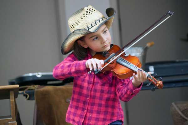 Jon Johnson Photo/Gila Valley Central: Margerite Brume plays her violin.