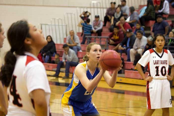 Jon Johnson Photo/Gila Valley Central: Cassidy Brimhall shoots a free throw.